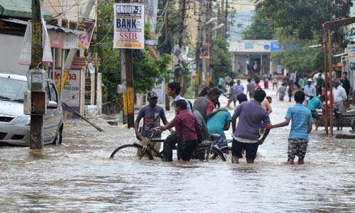 एमपी में बारिश से जनजीवन अस्त-व्यस्त, फसलें होने लगीं खराब