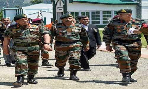 कश्मीर घाटी में सेना प्रमुख ने लिया सुरक्षा-व्यवस्था का जायजा