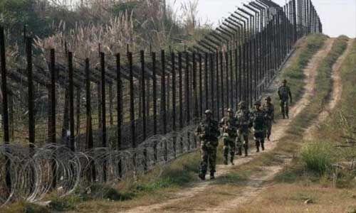 पाक ने एलओसी पर तैनात किये 2000 सैनिक, भारतीय सेना हाई अलर्ट पर