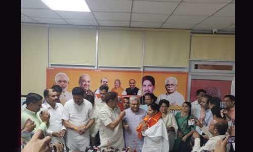 हरियाणा में कांग्रेस को लगा बड़ा झटका, सुमित्रा चौहान भाजपा में शामिल