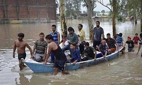 मध्यप्रदेश के कई हिस्सों में बाढ़ जैसे हालात, 45 हजार लोग शिविरों में, बचाव कार्य जारी