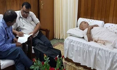 पीड़ित छात्रा का बयान दर्ज होने के बाद स्वामी चिन्मयानंद की बिगड़ी हालत, आश्रम पहुंचे डॉक्टर
