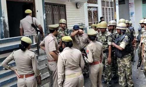 यूपी में सपा के एक और विधायक के घर पुलिस का छापा
