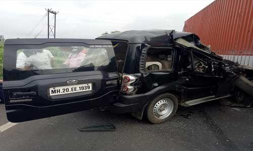 पूर्व केंद्रीय मंत्री हंसराज अहीर के काफिले को ट्रक ने रौंदा, दो जवानों की मौत