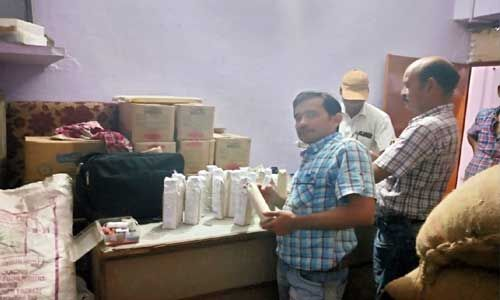 मुरैना में फूड विभाग की बड़ी कार्यवाई, खतरनाक केमिकल जब्त