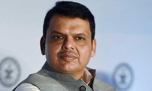 नागपुर पुलिस ने देवेंद्र फडणवीस को भेजा समन, हलफनामे में 2 क्रिमिनल केस छिपाने का आरोप