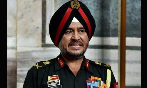 कश्मीर घाटी में हथियार सप्लाई नहीं कर पा रहा पाकिस्तान तो छीनने की कोशिश में आतंकी : सेना