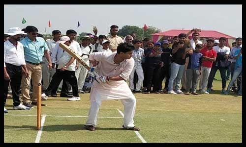 सिंधिया ने मुरैना में नए क्रिकेट स्टेडियम का किया लोकार्पण, बोले - युवा प्रतिभाएं राष्ट्रीय स्तर पर नाम करेंगी