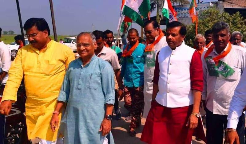 सांसद शेजवलकर की गांधी संकल्प यात्रा चीनौर में निकली, इस बार दो बार मनाएंगे दीपावली: पवैया