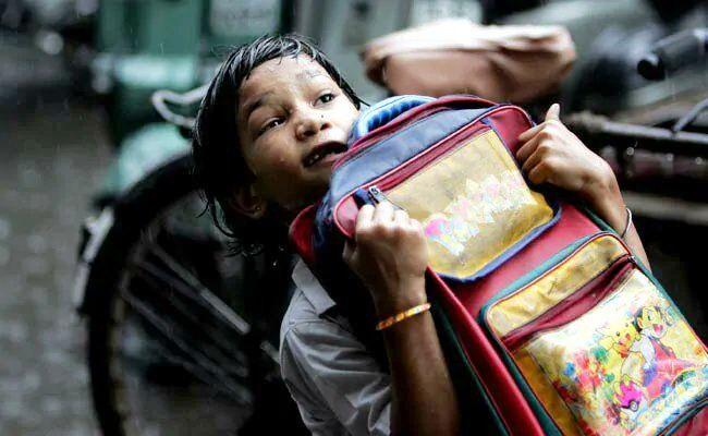 ग्वालियर: निजी विद्यालय नहीं बढ़ा सकेंगे स्कूल फीस न काटेंगे विद्यार्थी का नाम