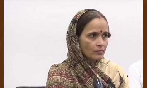 कमलेश की पत्नी संभालेंगी हिंदू समाज पार्टी, आज होगी ताजपोशी