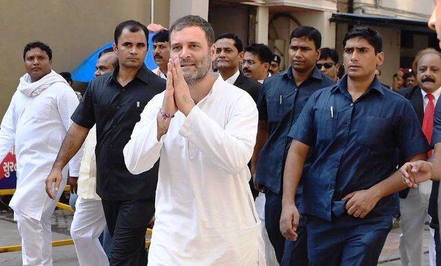 एक नवंबर से कांग्रेस करेगी राष्ट्रव्यापी आंदोलन, राहुल विदेश यात्रा पर
