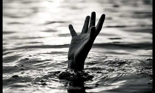 बिहार : छठ घाट पर दो किशोरियों की डूबने से मौत