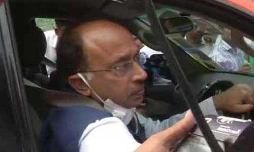 बीजेपी नेता विजय गोयल का दिल्ली पुलिस ने काटा चालान, जानें क्यों