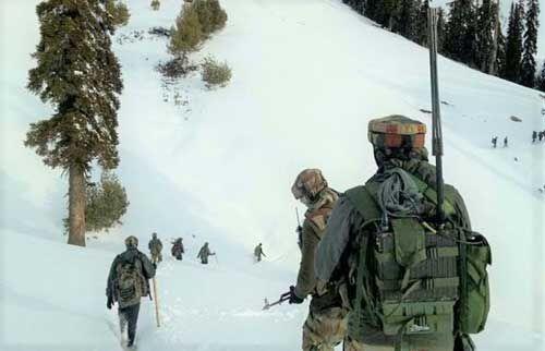 J&K : कुपवाड़ा में एलओसी पर हिमस्खलन, दो जवान शहीद