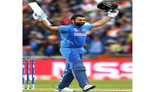 सौ टी-20 अंतरराष्ट्रीय मैच खेलने वाले पहले भारतीय पुरुष क्रिकेटर बने रोहित