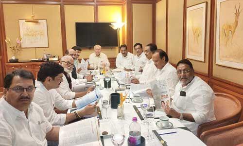 महाराष्ट्र : कांग्रेस-एनसीपी कर रहीं साझा कार्यक्रम पर विचार, ठाकरे बोले - अब सही दिशा में है हम