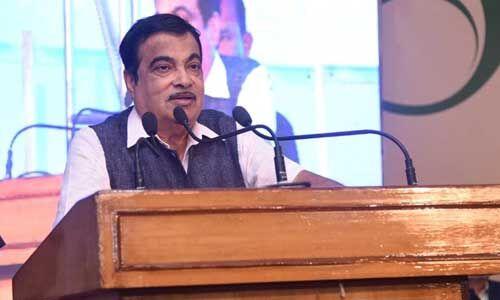 महाराष्ट्र के राजनीतिक परिदृश्य पर गडकरी ने कहा - क्रिकेट और राजनीति में कुछ भी संभव