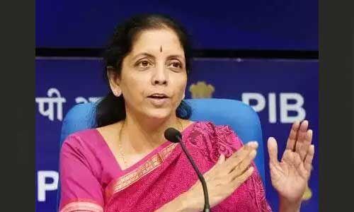 वित्त मंत्री ने जीडीपी गिरने की बात स्वीकारी, कहा- भारत G20 में सबसे तेज दर से बढ़ती अर्थव्यवस्था