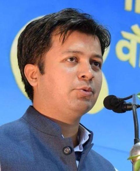 एबीवीपी के राष्ट्रीय संगठन मंत्री बने आशीष चौहान