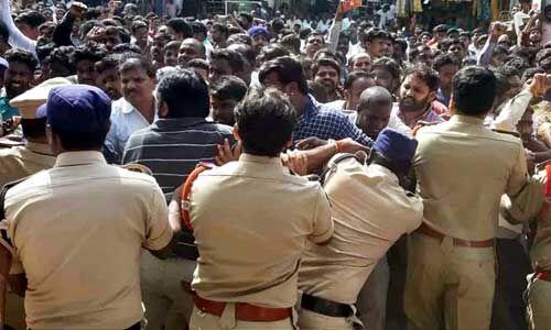 हैदराबाद : लापरवाही बरतने वाले तीन पुलिसकर्मियों के खिलाफ हुई कार्रवाई