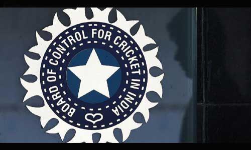 बीसीसीआई ने अपने स्टार क्रिकेटरों को बीते 10 महीने का नहीं किया भुगतान