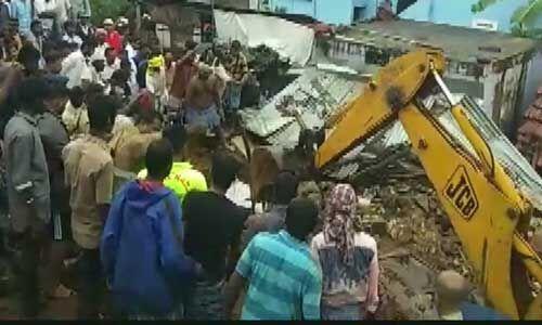 कोयंबटूर : मेट्टुपालयम के नादूर गांव में दीवार गिरने से 17 लोगों की मौत