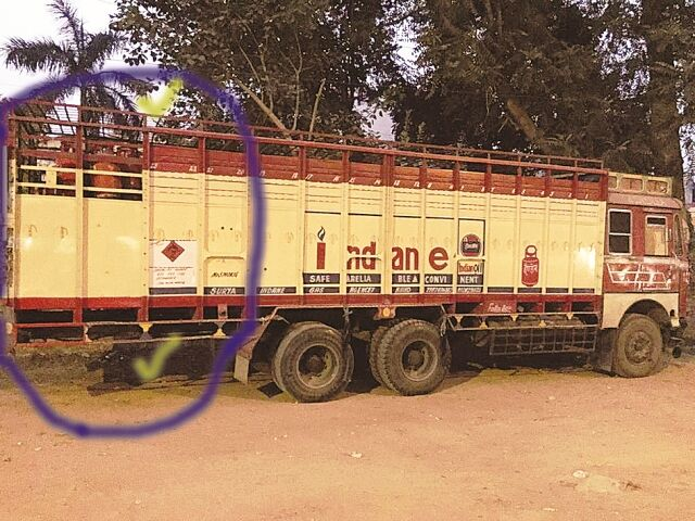 कारनामा : इंडियन ऑयल की मिलीभगत से अधिक गैस सिलेंडर ढोने बढ़ाई ट्रकों की लम्बाई