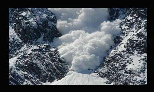 नॉर्थ कश्मीर में एलओसी के पास हिमस्खलन में चार जवानों की मौत