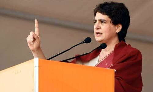 झारखंड में बोलीं प्रियंका गांधी - जल-जंगल-जमीन के संघर्ष में इंदिरा गांधी जी हमेशा आपके साथ रही है