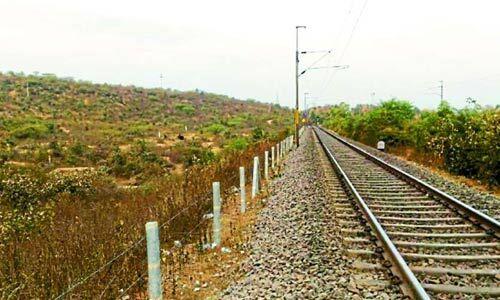 थर्ड रेलवे लाइन के नाम से धौलपुर से झांसी के बीच बिछने लगी तीसरी लाइन की पटरियां