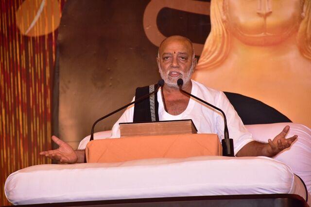 रावतपुरा धाम में राष्ट्रसंत मोरारी बापू की श्रीराम कथा शुरू