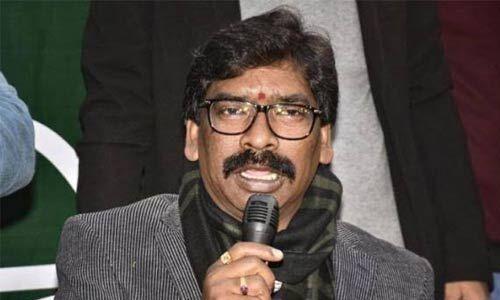 राज्यपाल से मिलकर हेमंत सोरेन ने पेश किया सरकार बनाने का दावा, 29 दिसंबर को शपथग्रहण