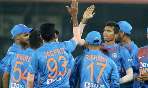 कोहली ने भारत को सीरीज में बनाई 1-0 से बढ़त