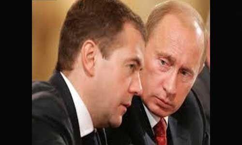 रूस में पीएम ने राष्ट्रपति व्लादिमीर पुतिन को सौंपा इस्तीफा