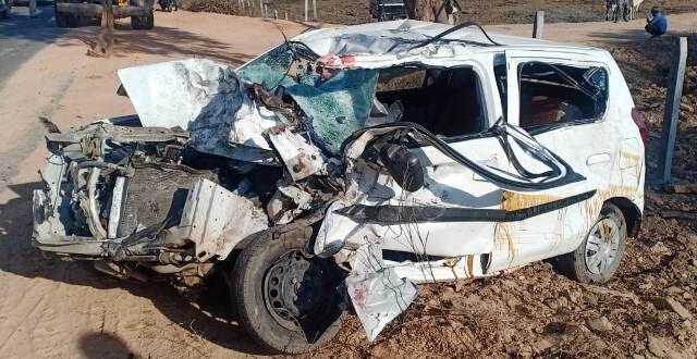 भिंड : ट्रक और कार की भिड़ंत, पांच की मौत एक घायल
