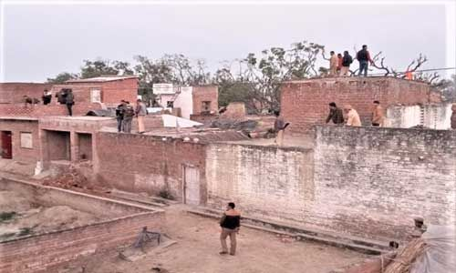 फर्रुखाबाद : शातिर बदमाश के चंगुल में फंसे 21 मासूम मौत के मुंह से कैसे लौटे, जानें पूरी कहानी