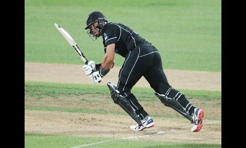 न्यूज़ीलैंड ने भारत को 4 विकटों से हराया