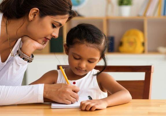 बच्चें में नैतिक एवं व्यवहारिक शिक्षा का बढ़ता जा रहा है अभाव