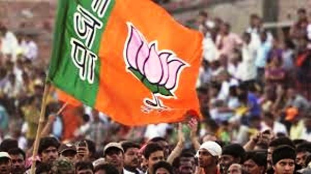 बीजेपी ने अब तक मध्य प्रदेश में सरकार बनाने का दावा पेश क्यों नहीं किया है, जानें