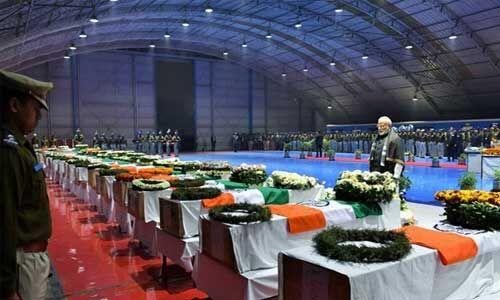 पुलवामा हमले के शहीदों को पीएम मोदी ने किया नमन, कहा- भारत उनकी शहादत को कभी नहीं भूलेगा