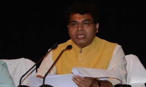 लखनऊ में तैनात अधिकारियों को फीडर इंचार्ज बनाया जाएगा : ऊर्जा मंत्री श्रीकांत
