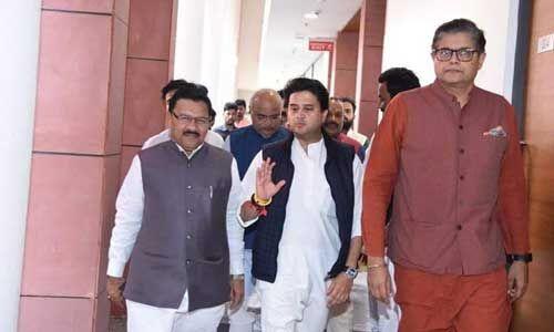 सिंधिया समर्थक कांग्रेस के 16 बागी विधायकों के इस्तीफे मंजूर