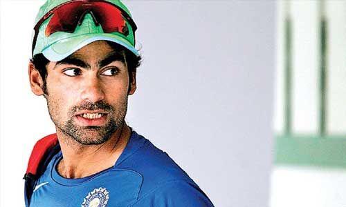 मोहम्मद कैफ ने क्रिकेट स्टाइल में बताया कैसे कोविड-19 को हराएं, पठान ने दिए एक्सपर्ट कमेंट
