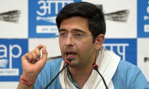 AAP MLA राघव चड्ढा के खिलाफ एफआईआर दर्ज, मुख्यमंत्री योगी पर लगाया था पिटवाने का आरोप