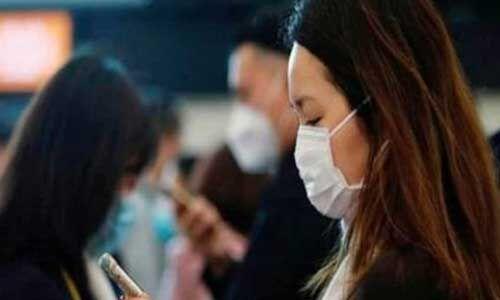 जानिए, क्या स्मार्टफोन पर जिंदा रहता है कोरोना वायरस