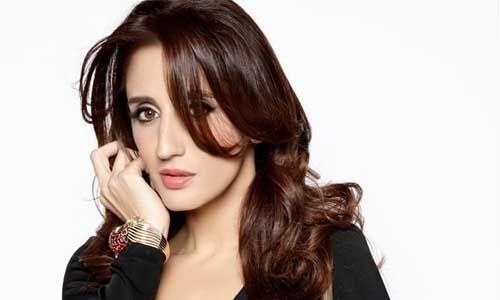 अभिनेता संजय खान की बेटी फराह अली खान का स्टाफ मिला कोरोना पॉजिटिव, क्वारंटाइन में गए सभी