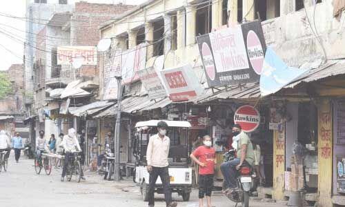 यूपी में करीब 40 दिन बाद टूटा सड़कों का सन्नाटा
