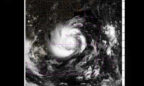 कुछ घंटों में दिखेगा चक्रवाती तूफान एम्फन, रेड अलर्ट जारी