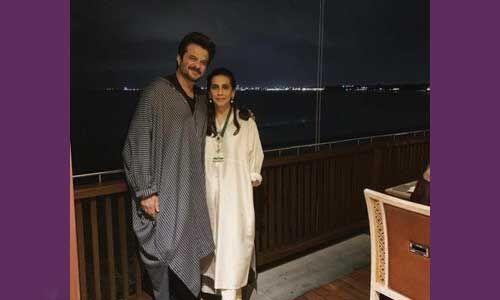 शादी की 36वीं सालगिरह पर अनिल कपूर ने फैंस के साथ साझा की अपनी लव स्टोरी